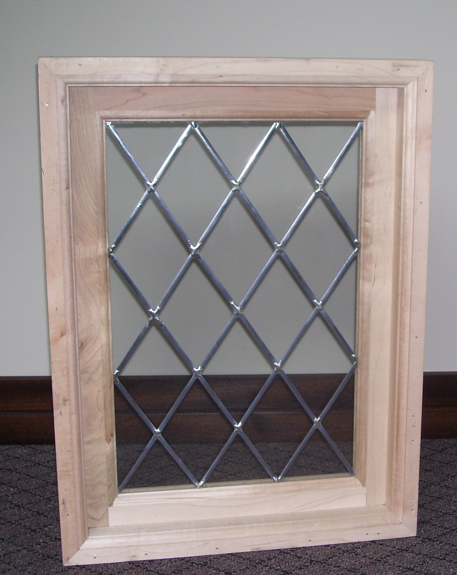 woodenwindow_stickonlead